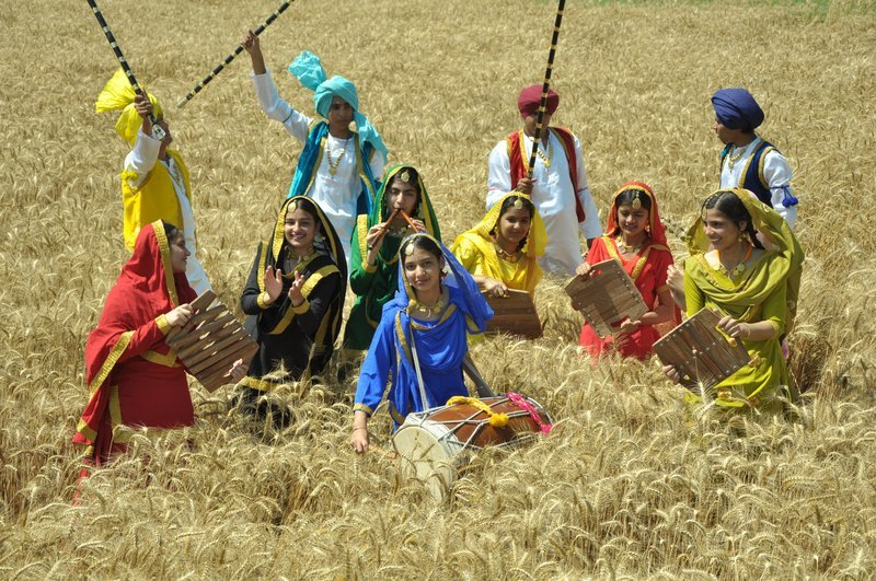 the baisakhi festival is a seasonal festival essay 2018 baisakhi festival celebrations are more fun with us we will tell you the hidden truth about baisakhi 2018 the 5 ks of the sikh community mark the real significance of sikhism, a real sikh is a promising soldier, a warrior who works for the protection of others and lives a spiritual life.