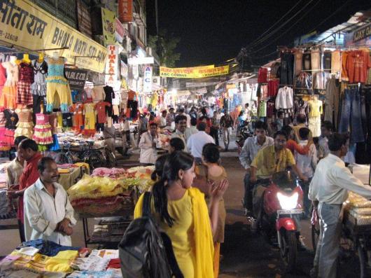 Aminabad Market Lucknow