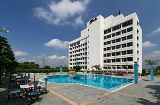 Hotel Clarks Avadh Lucknow