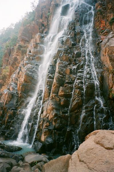 view-of-lodh-waterfalls-jharkhand