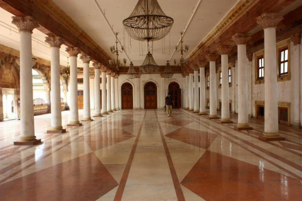 inner-view-of-rajwada-palace